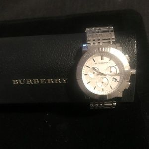 Authentic Burberry Unisex Swiss Qrtz Chrono Watch